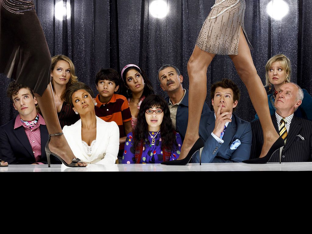 BACK ROW: BECKI NEWTON, MARK INDELICATO, ANA ORTIZ, TONY PLANA, ASHLEY JENSEN;FRONT ROW: MICHAEL URIE, VANESSA WILLIAMS, AMERICA FERRERA, ERIC MABIUS, ALAN DALE