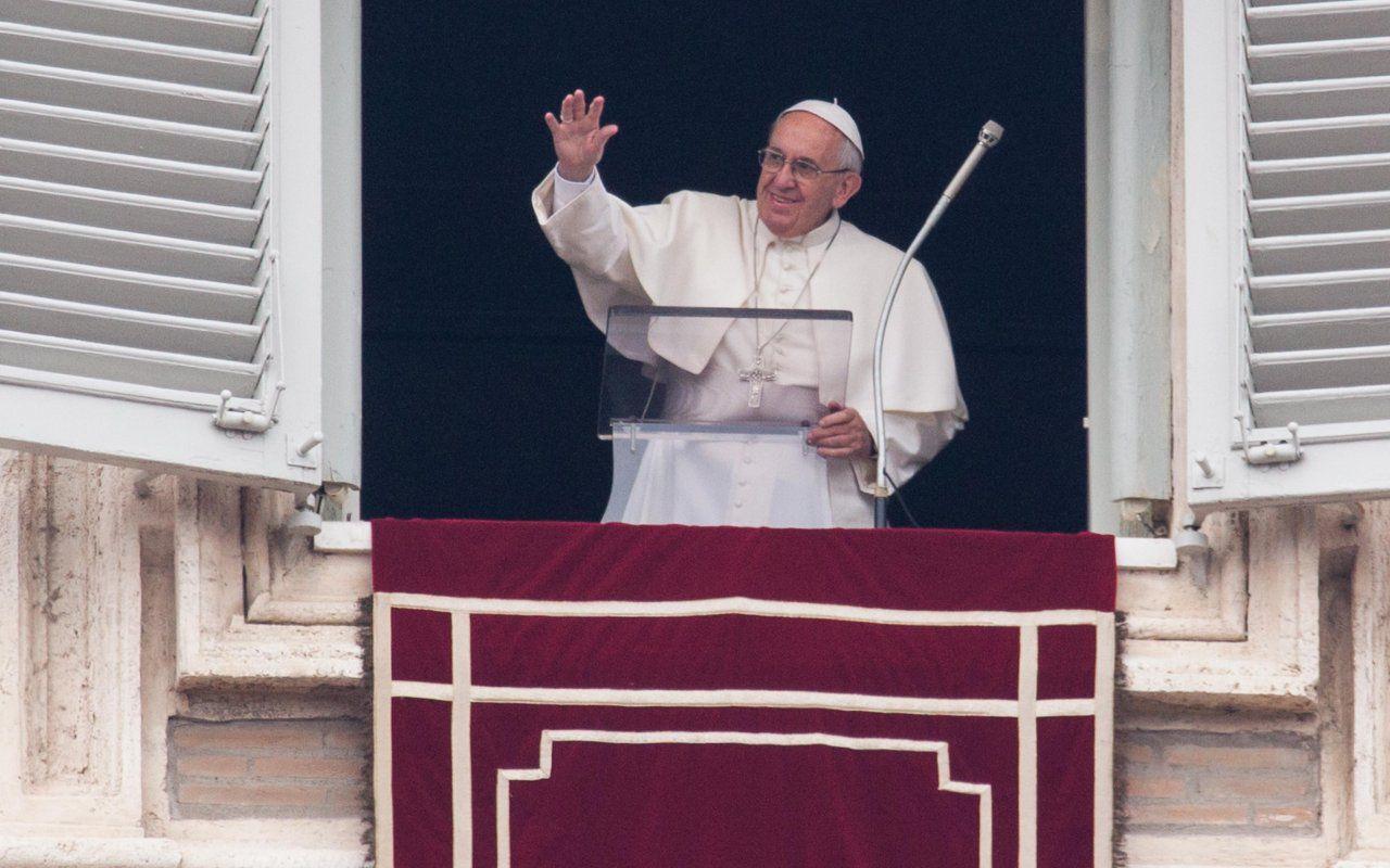 Francesco il Papa della gente, in arrivo la miniserie su Jorge Bergoglio