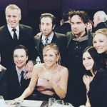 Friends: ecco il primo scatto per la reunion, con il cast di 'The Big Bang Theory'