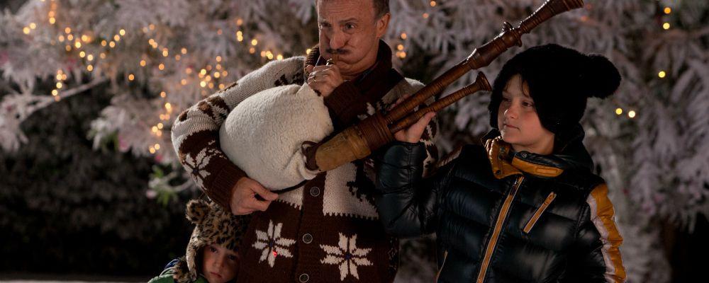 Indovina chi viene a Natale: il film comico con Claudio Bisio e Raoul Bova