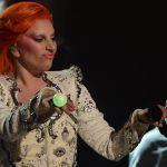 Grammy Awards 2016, Lady Gaga omaggia David Bowie, Kendrick Lamar trionfa
