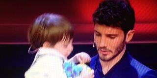 Pequenos gigantes: Belen Rodriguez, Stefano De Martino e il matrimonio per il piccolo Giorgio