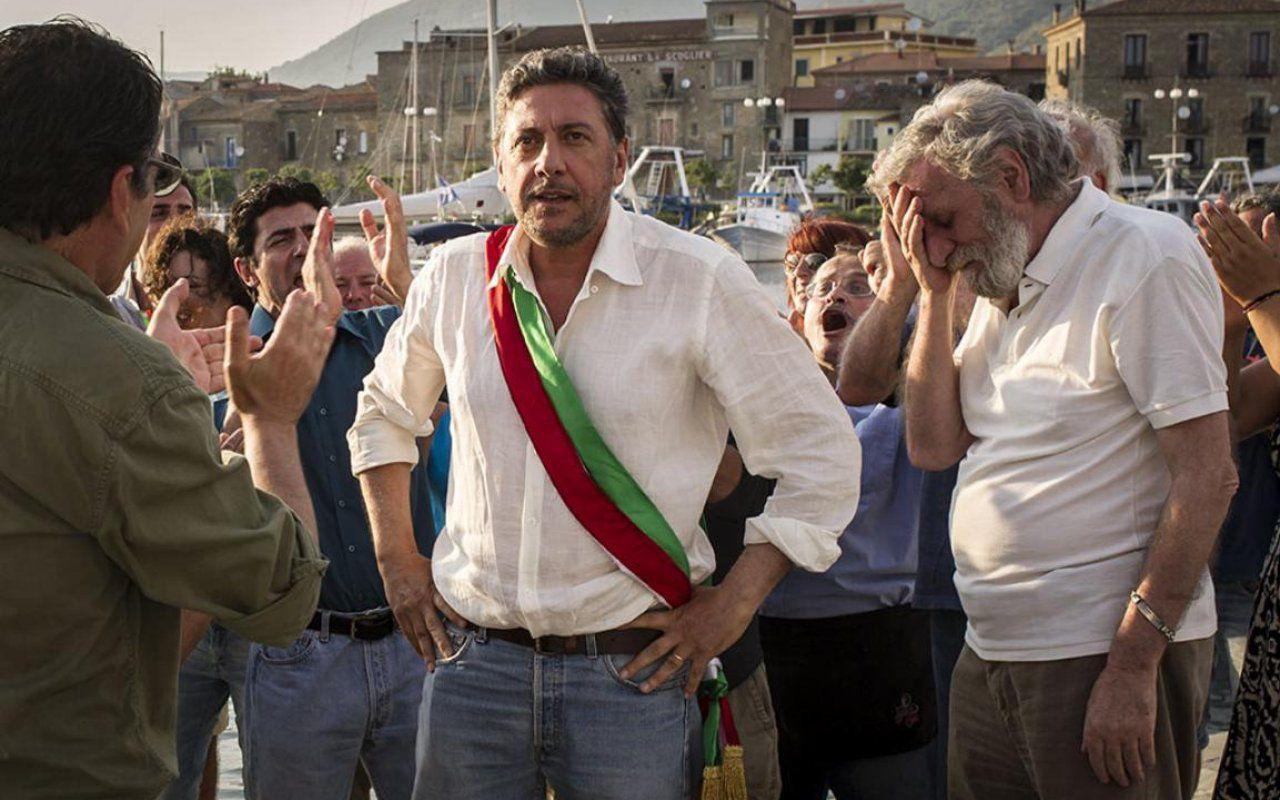 Il sindaco pescatore, Sergio Castellitto dà volto ad Angelo Vassallo su Rai1