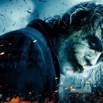 Il cavaliere oscuro, Batman contro l'indimenticabile Joker di Heath Ledger