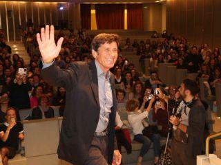 Gianni Morandi pubblica il trailer della fiction a settembre su Canale 5