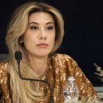 Virginia Raffaele irriconoscibile senza trucco: ma la donna nella foto non è lei