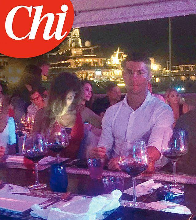 Gossip: Ronaldo innamorato di un'italiana, CR7 paparazzo a cena con la Buccino