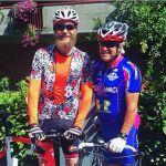 Jovanotti, exploit social con lo 'zio' di 82 anni in bicicletta