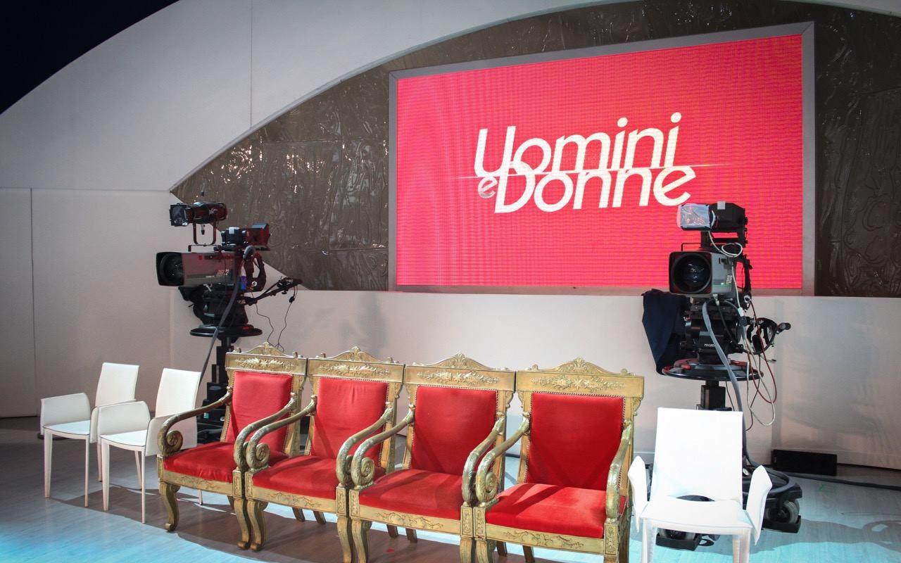 Uomini e donne anticipazioni: i nuovi tronisti e il giallo Ludovica Valli – Fabio Ferrara