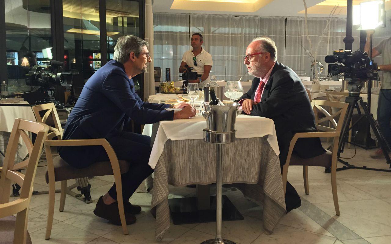 Vertigo, nella terza puntata l'ossessione del cibo con Edoardo Raspelli