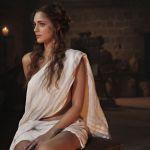 Miriam Leone, da Miss Italia ai Medici: la carriera in foto