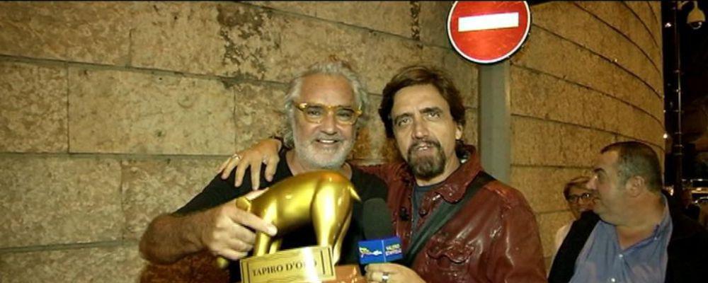 Striscia la Notizia, Tapiro a Flavio Briatore ma lui non ci sta: 'Sgarbi è una capra'