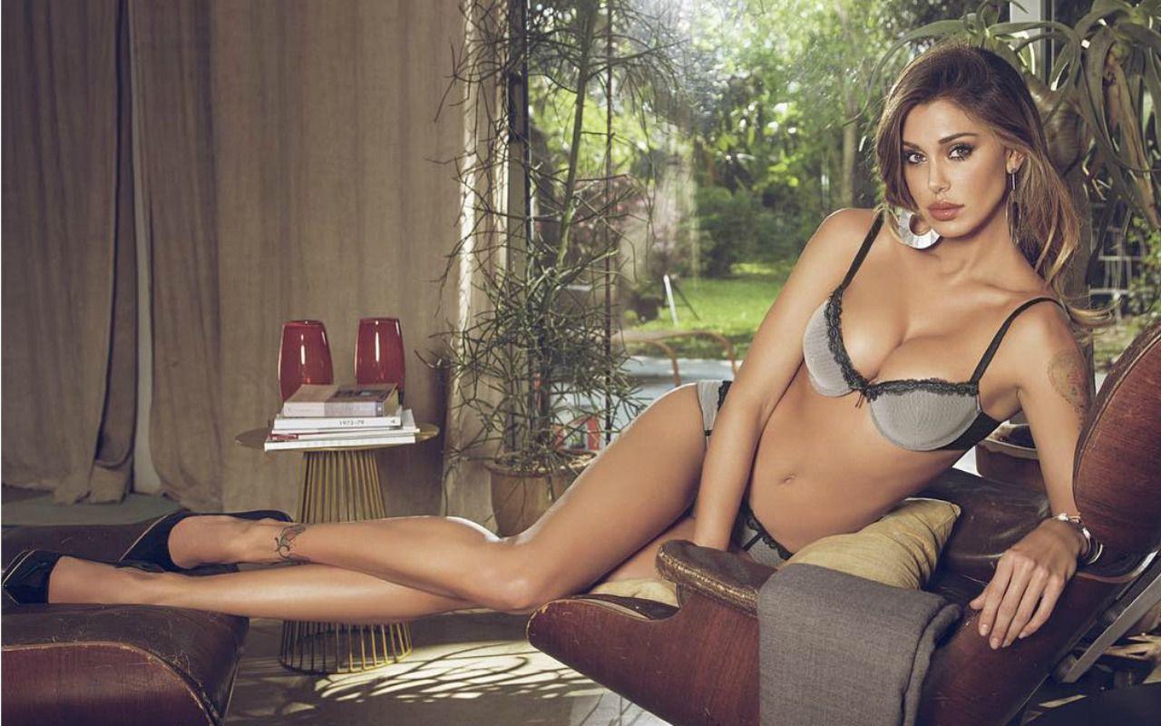 Andrea Iannone: 'Il mio primo incontro con Belen'