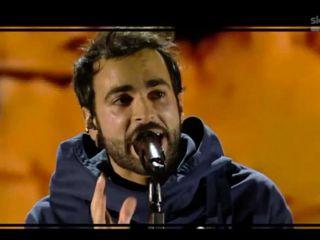 X Factor 2016, la prima puntata dei live: tra giudici monaci, Marco Mengoni e il ricordo del terremoto