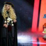 Maria De Filippi si infuria in tv: 'Lei è un ciarlatano'