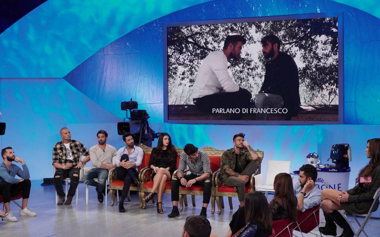 Uomini e Donne Barbara De Santi attacca Gemma violenta lite sui social
