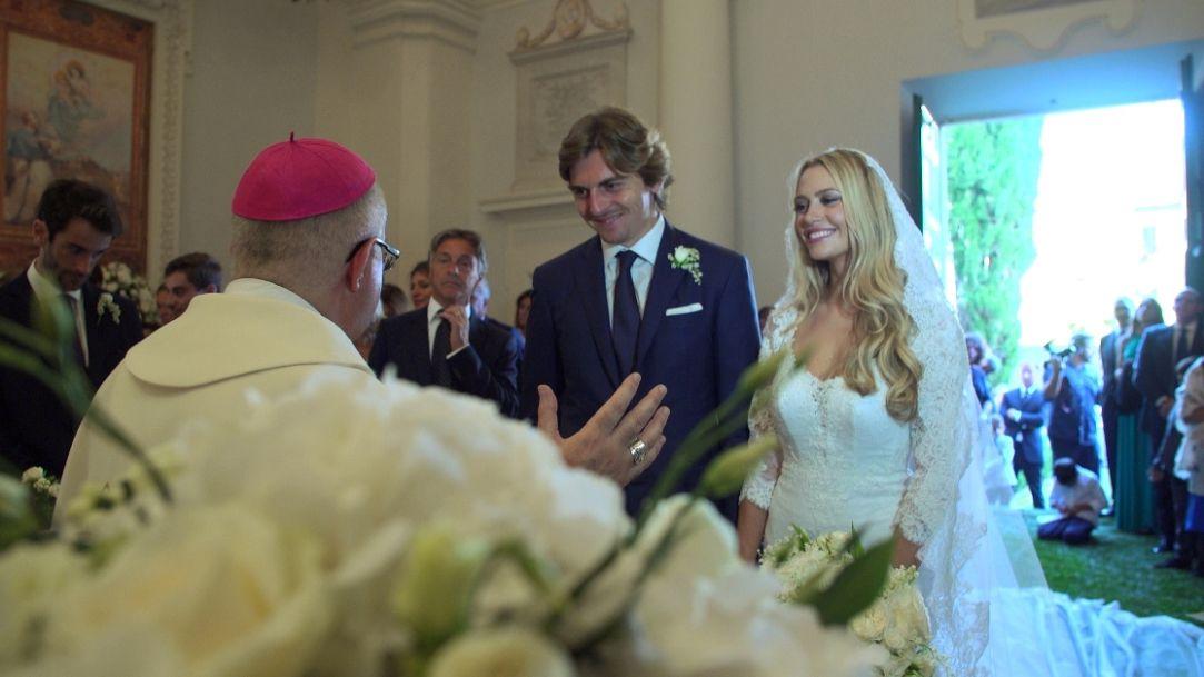 Matrimonio Natalizio Enzo Miccio : Diario di enzo miccio la puntata speciale sul matrimonio