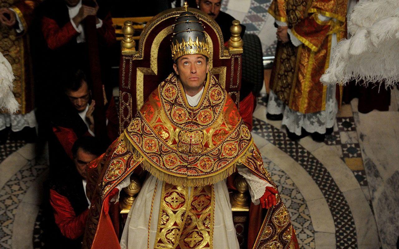 Il dietro le quinte di The Young Pope: 'È stato un incubo'
