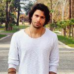 GFVip 2, Luca Onestini si avvicina a Ivana Mrazova: 'Sento il bisogno di una donna'
