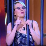 House Party: Maria De Filippi all'inferno e Sabrina Ferilli a letto con Totti