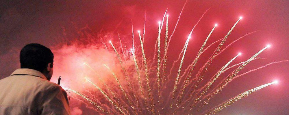 Capodanno, i big della musica in piazza e in tv accolgono il 2017 cantando