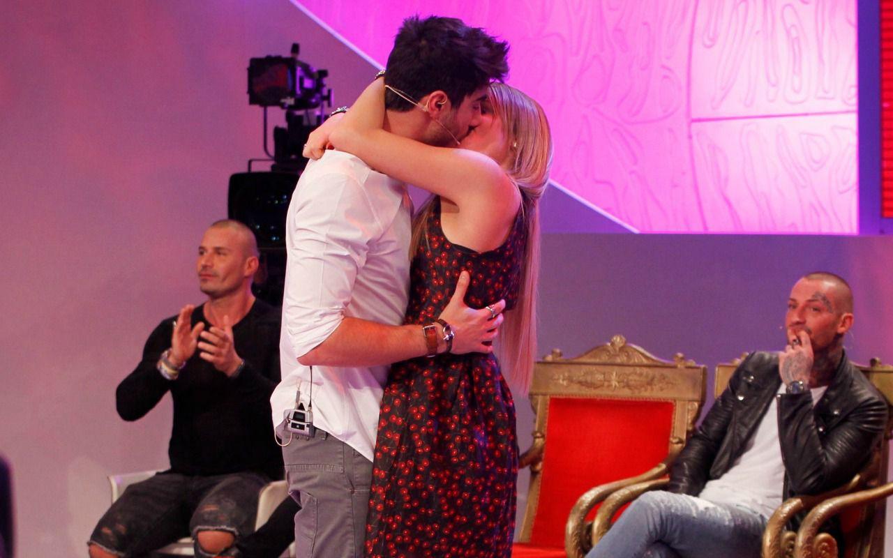 Uomini e Donne, Riccardo e Camilla: nuovo scontro con Martina!