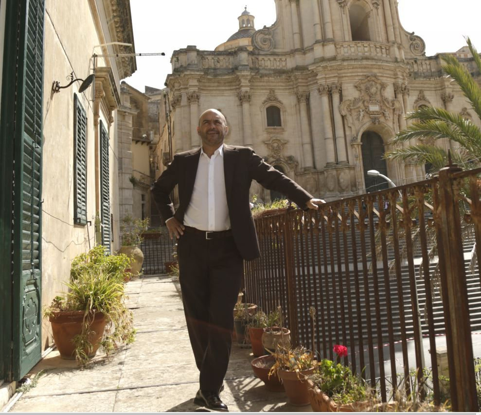 Il commissario Montalbano, Peppino Mazzotta: Fazio per me è un parente