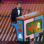 Sanremo 2017, il super show di Mika 'La musica ti fa innamorare'