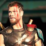 Thor: Ragnarok, il Dio del Tuono contro Hulk: le prime immagini del film