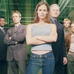 Alias, la serie cult di J.J. Abrams: che fine hanno fatto Jennifer Garner, Bradley Cooper e gli altri protagonisti