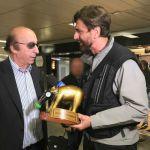 Striscia la notizia, Valerio Staffelli e il tapiro d'oro a Luciano Moggi