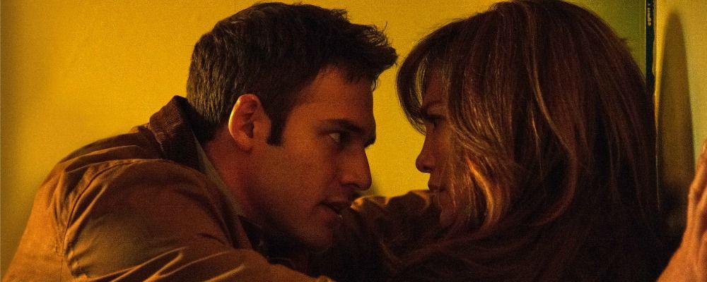 Il ragazzo della porta accanto, trailer e trama del film con Jennifer Lopez