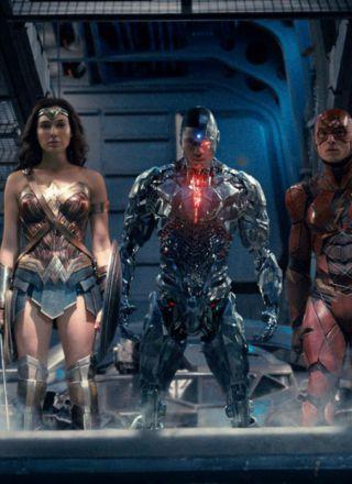 Justice League, da Game of Thrones l'Aquaman più figo della storia: Jason Momoa si unisce a Batman. Le foto