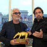Striscia la notizia, tapiro d'oro a Flavio Briatore per la presunta crisi coniugale