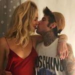 Fedez, sold out ad Assago e Chiara Ferragni commenta: 'Orgogliosa del mio amore'