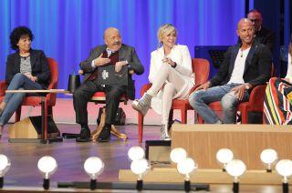 Maurizio Costanzo Show, tutti gli ospiti della quarta puntata dell'11 maggio