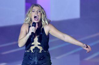 Emma Marrone compie 33 anni: da Luckystar a stella della musica passando per Amici