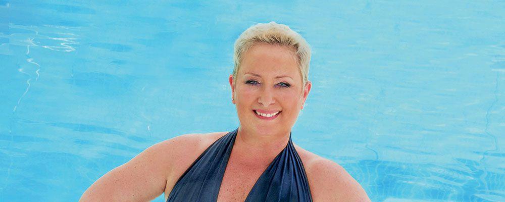 """Carolyn Smith posa in costume dopo l'operazione: """"Ero smarrita, ma ora mi sento bella"""""""