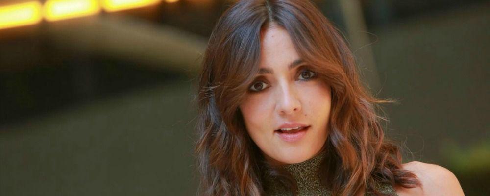 Ambra Angiolini torna a cantare: un duetto con Syria