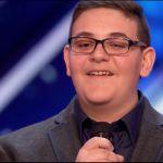 America's Got Talent, giovane concorrente ex non vedente conquista i giudici
