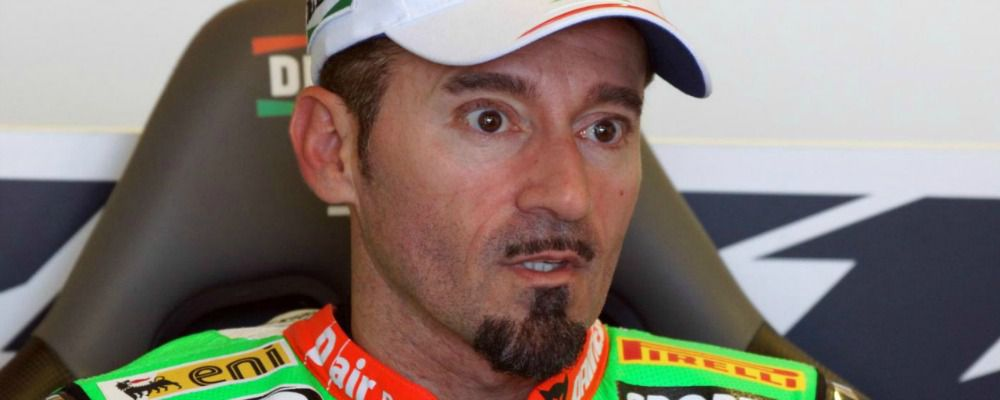 Max Biaggi, grave incidente in pista a Latina