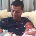 Cristiano Ronaldo, ecco la prima foto dei gemelli Eva e Matteo