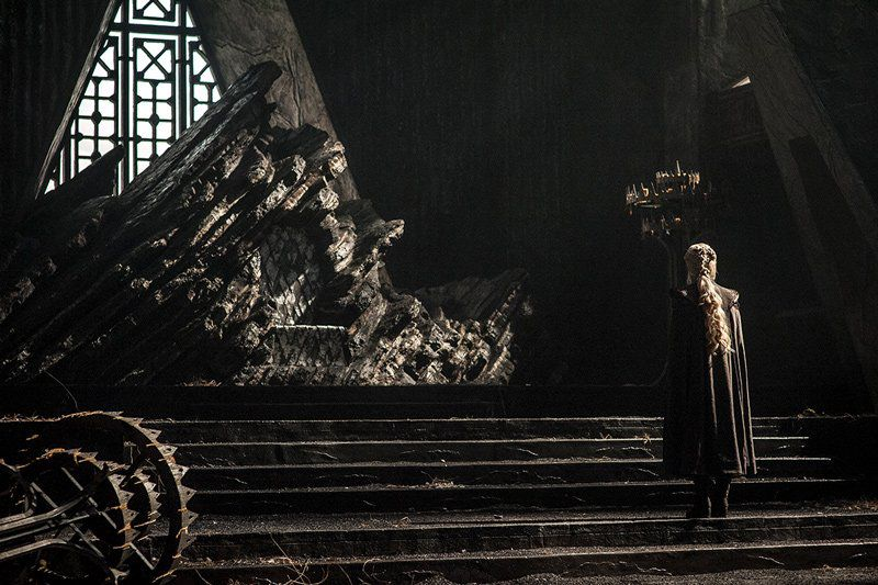 daenerys-throne-dragonstone
