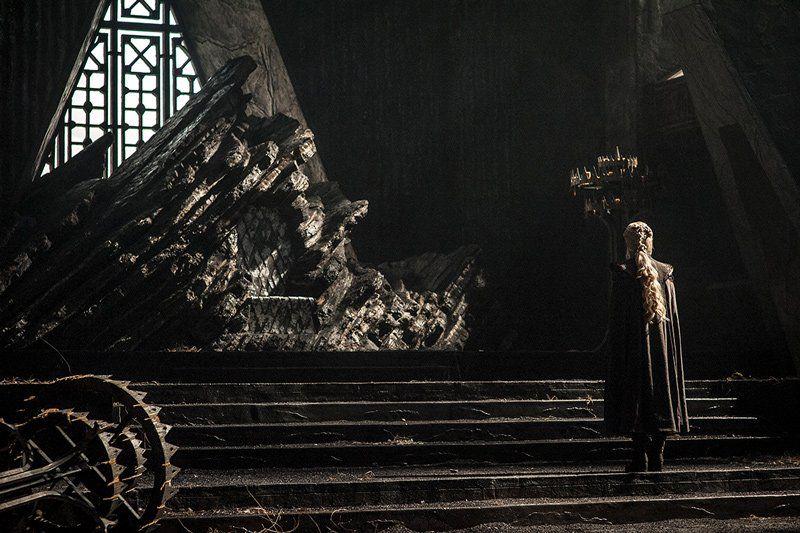 daenerys-throne-dragonstone