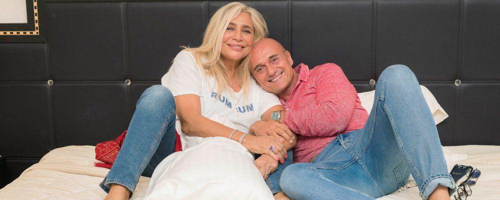#Estate, Alfonso Signorini nelle spiagge italiane ospiti Gemma Galgani e Mara Venier