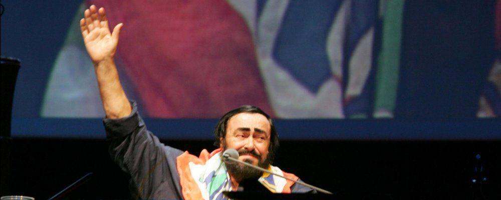 Luciano Pavarotti, il ricordo su Canale 5 del grande tenore
