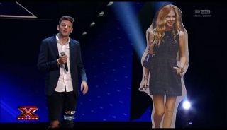 X Factor 2017, terza puntata di Audizioni: Chiara Ferragni a sorpresa sul palco