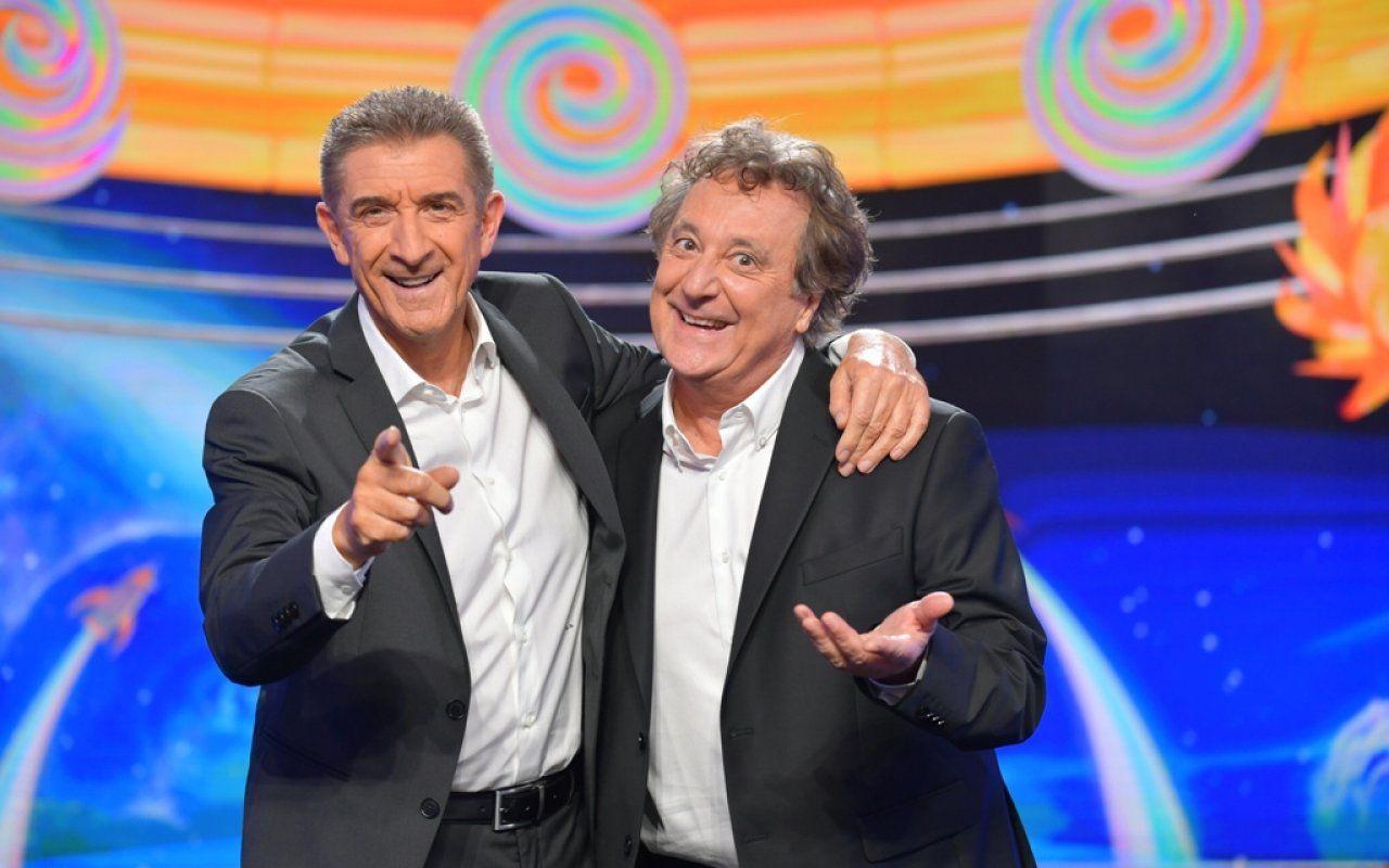 Striscia la notizia, con Greggio e Iacchetti riparte il tg satirico di Canale 5