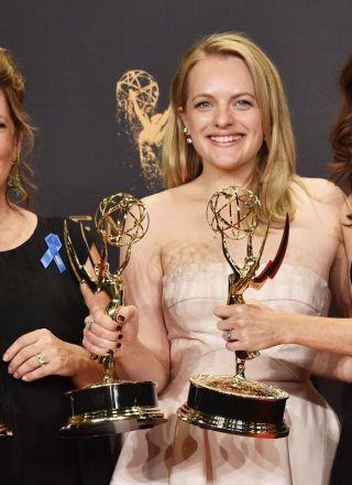 Emmy Awards 2017, tutti i vincitori: è l'anno di The Handsmaid's Tale