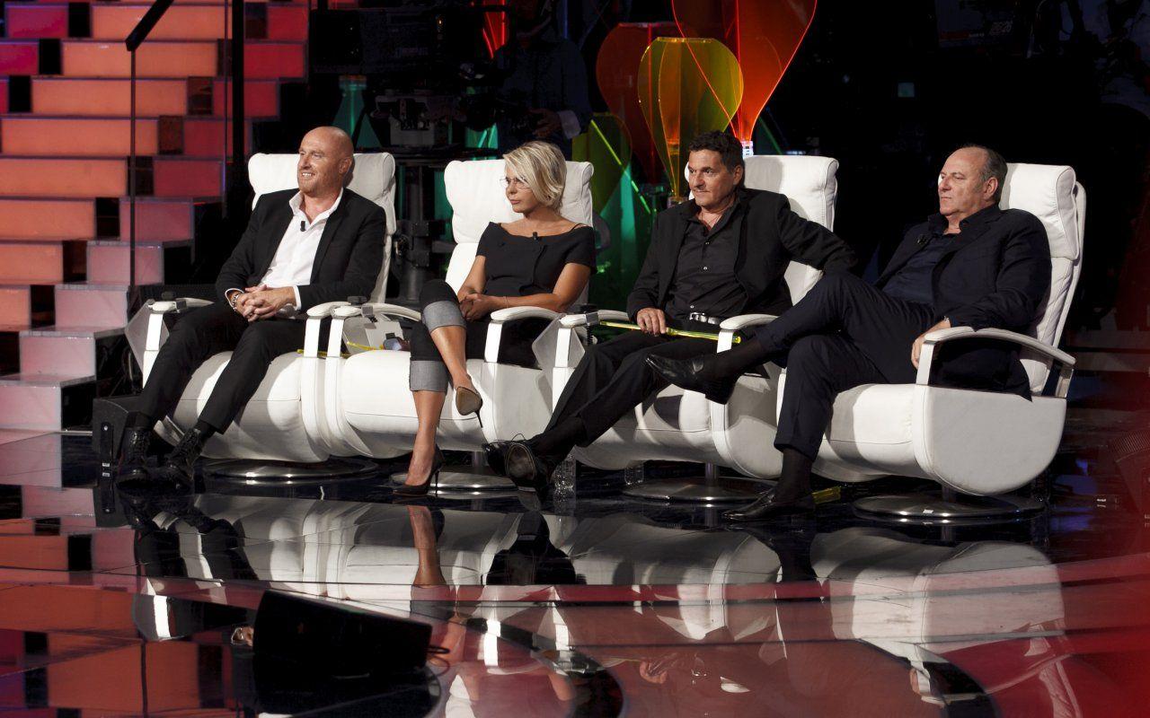 Ascolti Tv sabato 7 ottobre: Tù sì que vales vince e convince